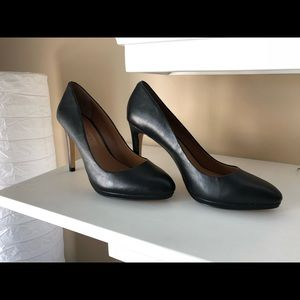 Brand new! Banana Republic heels 👠